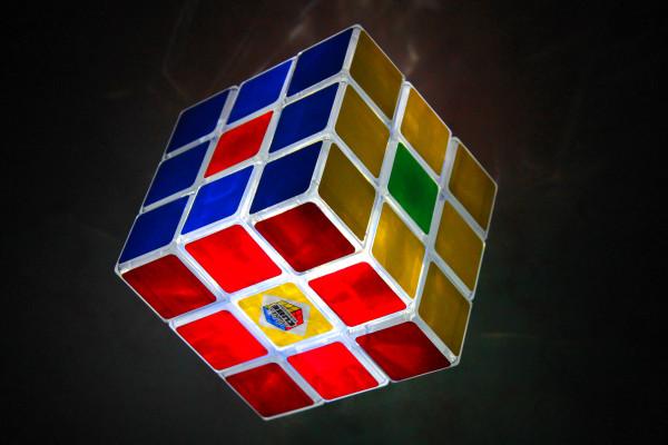 vous apprendre à faire le rubik's cube