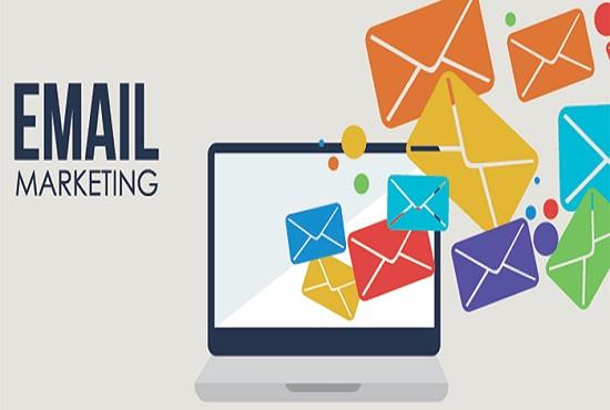 vous créer une mailing list (2000 emails)