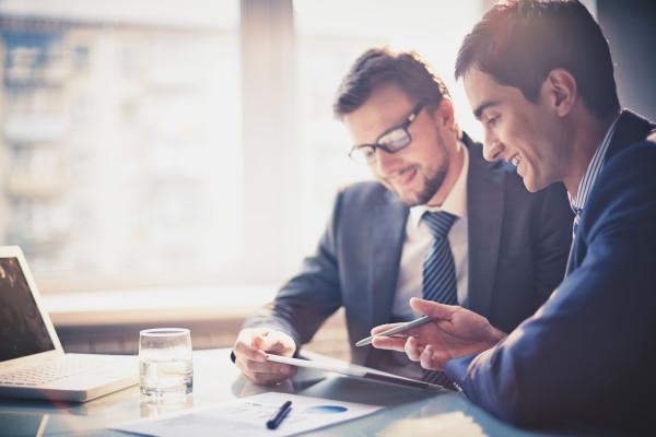 vous faire un CV professionnel adapté à votre profil avec une lettre de motivation