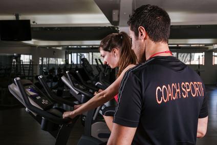 repondre à 10 questions concernant la musculation et la nutrition de votre choix