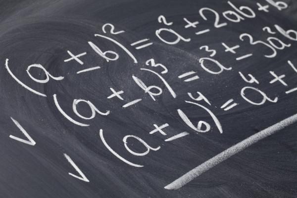 corriger votre exercice de mathématiques