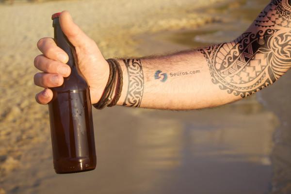 tatouer votre nom ou votre logo